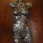 жіночий торс із ключів - оригінальна скульптура